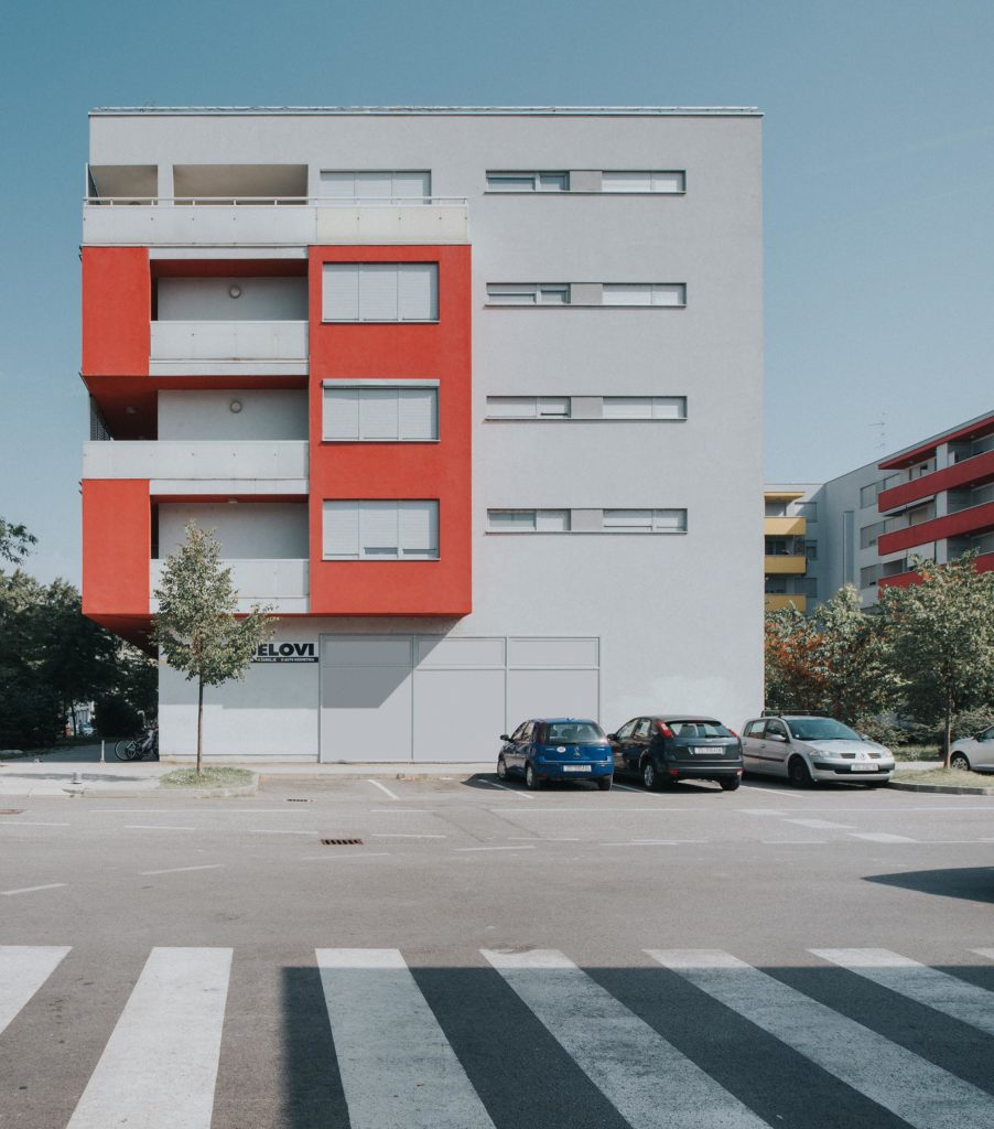 entasis-zgrada-H-001-902x1024