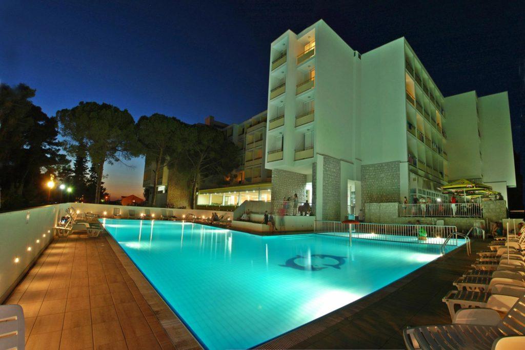 hotel-adria-biograd-01-1024x683